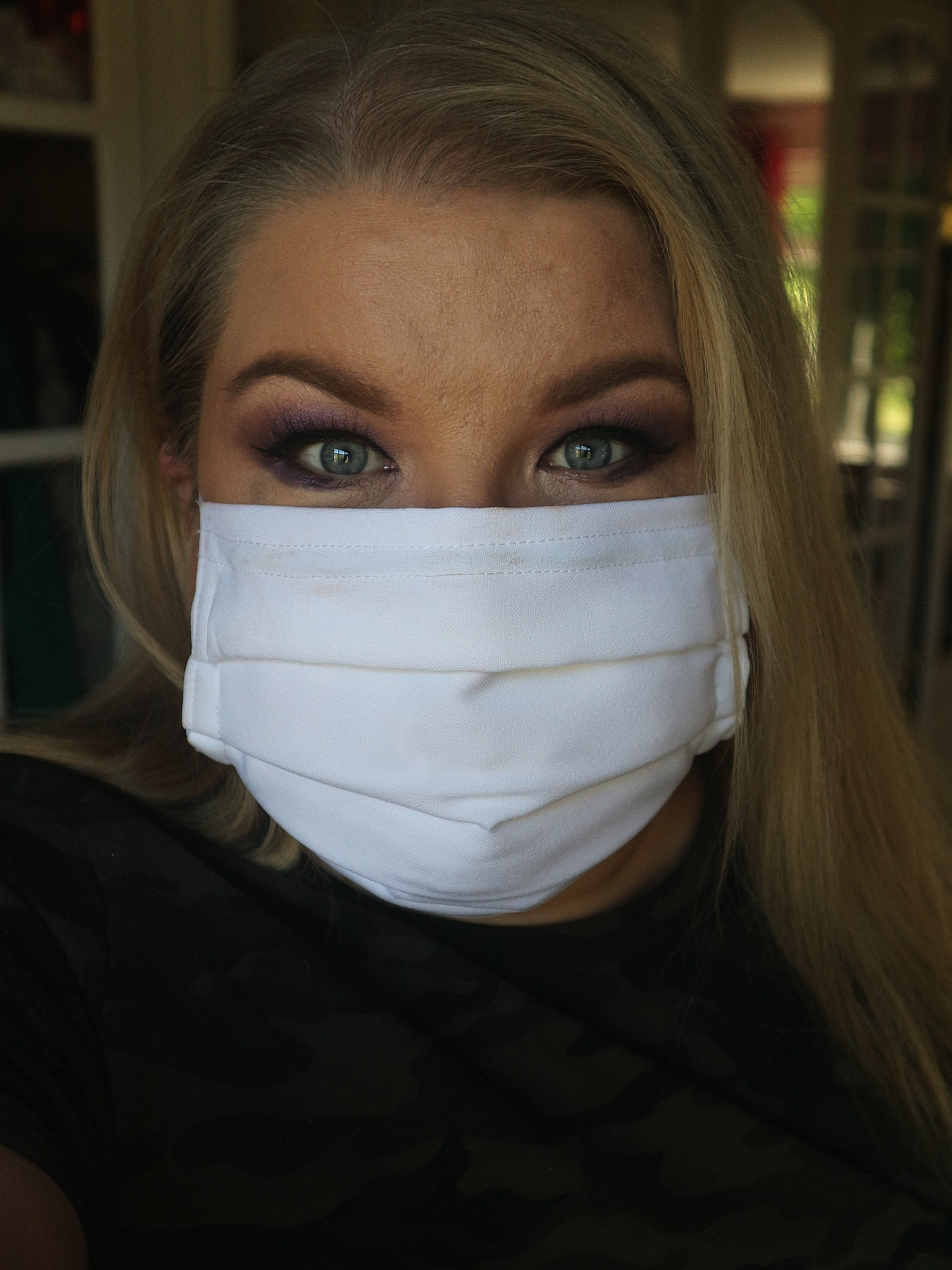 top tips for wearing makeup with masks
